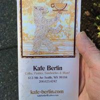 Foto tirada no(a) Kafe Berlin por Mick P. em 1/24/2014