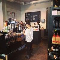 2/27/2013 tarihinde Oscar T.ziyaretçi tarafından SIS. Deli + Café'de çekilen fotoğraf