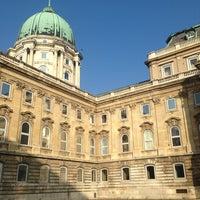 Das Foto wurde bei Burgpalast von Marketa am 12/31/2012 aufgenommen