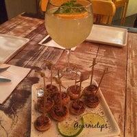 Foto tirada no(a) Officina Restô Bar por Gourmetips em 9/29/2015