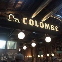 Photo prise au La Colombe Coffee Roasters par Jeffrey L. le12/24/2014