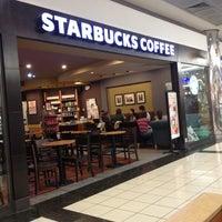 11/30/2012 tarihinde 💎CYBELLE💎35ziyaretçi tarafından Starbucks'de çekilen fotoğraf