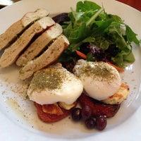 Foto scattata a Cafe Mogador da Ana H. il 3/9/2014