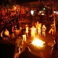 Foto diambil di Bull Bar oleh Esat S. A. pada 10/1/2012