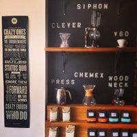 Foto tomada en Mission Coffee Co. por Joshua D. el 7/16/2013