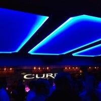 Foto tomada en Cure Lounge por Tommy L. el 11/24/2012