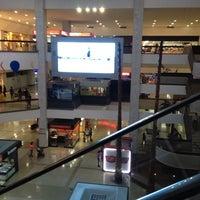 Foto tomada en Centro Ciudad Comercial Tamanaco (CCCT) por Ramon C. el 7/18/2013