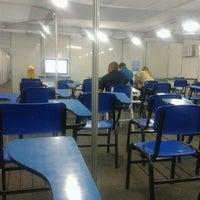 Foto tirada no(a) UNINASSAU - Centro Universitário Maurício de Nassau por Paula R. em 2/19/2013
