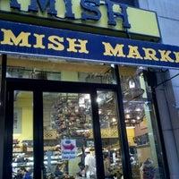 Foto tirada no(a) Amish Market Tribeca por oma t. em 10/15/2012
