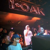 Photo prise au 1 OAK Nightclub par EJ C. le5/26/2013