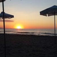 Foto diambil di Централен Плаж Бургас oleh Şenay Ö. pada 7/22/2013