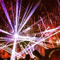 Foto tirada no(a) STORY Nightclub por RGT Real Estate | L. em 7/28/2013