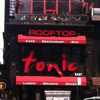 Photo prise au Tonic East par Christine P. le4/4/2013