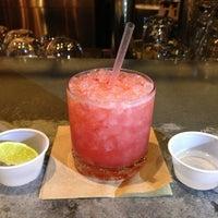2/15/2013にDaniel A.がTNT - Tacos and Tequilaで撮った写真