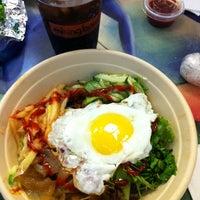 Снимок сделан в Mixing Bowl пользователем Gina T. 10/20/2012