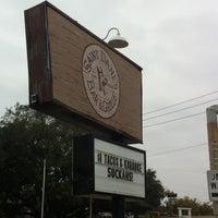 Снимок сделан в Saint Dane's Bar & Grille пользователем Patrick N. 11/27/2012