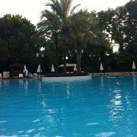 Foto tirada no(a) Rixos Downtown Pool por Candaş K. em 10/4/2012