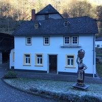 Das Foto wurde bei Hotel Zugbrücke Grenzau von engin A. am 11/29/2016 aufgenommen