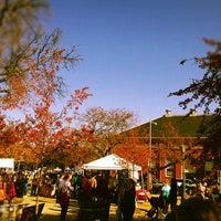 Photo prise au Eastern Market par Jordan F. le11/11/2012