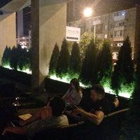 Foto scattata a Lounge Bar GUSTOÚ | ГУСТОЙ da Татьяна В. il 8/21/2016