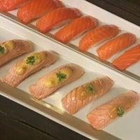 Foto tirada no(a) His Place Japanese Resturant por BEST em 3/7/2016
