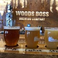 Foto tomada en Woods Boss Brewing por Joe S. el 10/26/2018