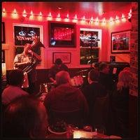3/6/2013にAlex B.がPier 23 Cafeで撮った写真