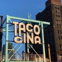 Foto diambil di Tacocina oleh Eli H. pada 10/13/2018