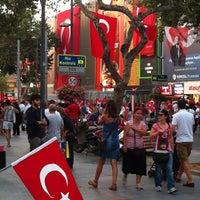 8/30/2013 tarihinde Gercek A.ziyaretçi tarafından Bağdat Caddesi'de çekilen fotoğraf