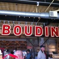 10/10/2012 tarihinde Katria M.ziyaretçi tarafından Boudin Bakery Café Baker's Hall'de çekilen fotoğraf