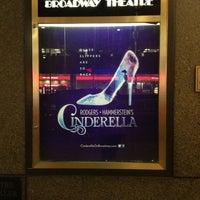 Foto diambil di Broadway Theatre oleh Holly M. pada 2/2/2013