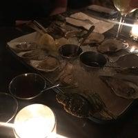Foto scattata a Pinkerton Wine Bar da Madeline H. il 7/6/2018