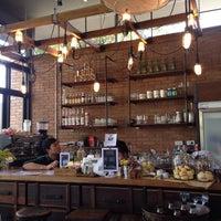 Foto scattata a IM Café da Thoranin T. il 1/20/2015