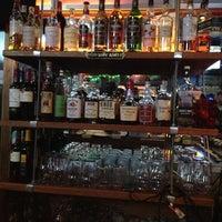 Foto scattata a Joco's Bar & Kitchen da Keyu W. il 3/22/2013