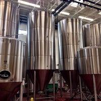 Photo prise au Lakewood Brewing Company par  ℋumorous le3/15/2015