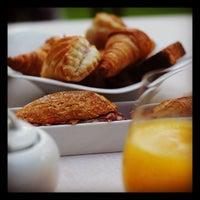 Foto tomada en ABaC Restaurant & Hotel por Beto S. el 10/24/2012