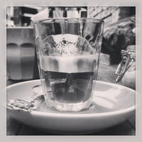 1/10/2013 tarihinde Inny S.ziyaretçi tarafından Cabrito Coffee Traders'de çekilen fotoğraf