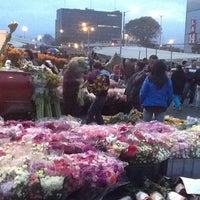 Foto tomada en Plaza de Mercado de Paloquemao por Ricardo R. el 5/7/2013