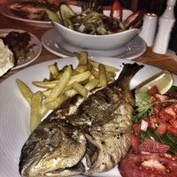 10/15/2014 tarihinde Elif Sıla K.ziyaretçi tarafından Calamar Restaurant'de çekilen fotoğraf