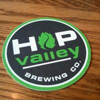 1/13/2013にKayla R.がHop Valley Brewing Co.で撮った写真