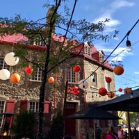 Photo prise au Q de Sac Resto-Pub par Diana Y. le10/3/2017
