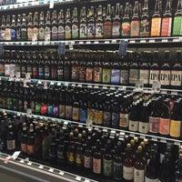 Foto scattata a Whole Foods Market da Adeline C. il 11/24/2015