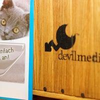 Das Foto wurde bei devilmedia repairlounge von devilmedia repairlounge am 11/24/2015 aufgenommen