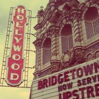 Снимок сделан в Hollywood Theatre пользователем Talon B. 4/20/2013