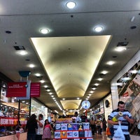 Foto tirada no(a) Grand Plaza Shopping por Roberta T. em 9/15/2012