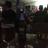 Foto tomada en Richie Rich Lounge - Bar por Deniz T. el 5/19/2016