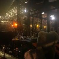 12/18/2017 tarihinde Beatriz B.ziyaretçi tarafından Rostie Restaurant'de çekilen fotoğraf