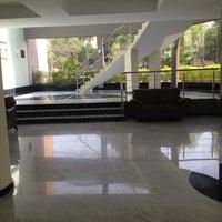 Foto tomada en Hotel Riazor por Grecia F. el 4/28/2013