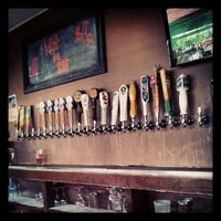 Foto tirada no(a) The West End Gastro Pub por Doug H. em 7/10/2013