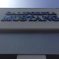 7/1/2014 tarihinde Salvador F.ziyaretçi tarafından California Mustang Parts and Accessories'de çekilen fotoğraf